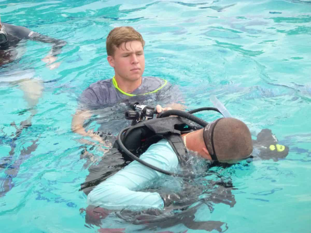 Teen Divers